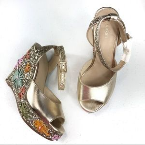 Botkier Wedge Sandals Floral Size 6M